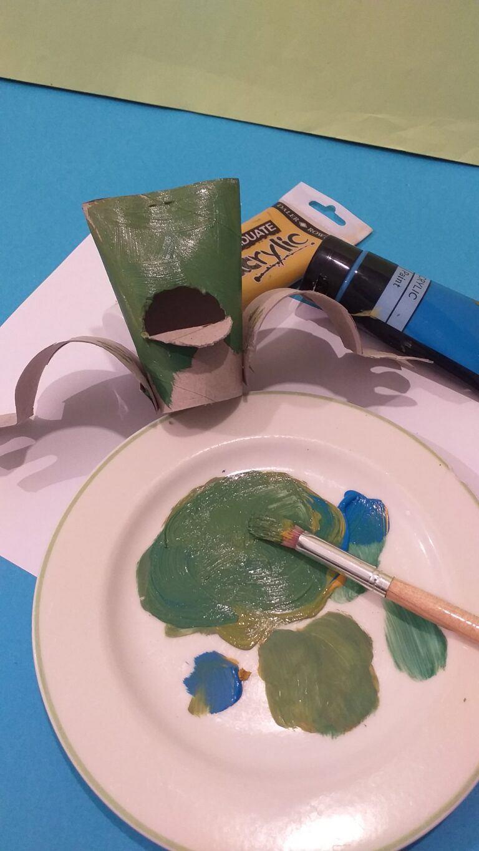 13. Mix your colour paints and paint frog.