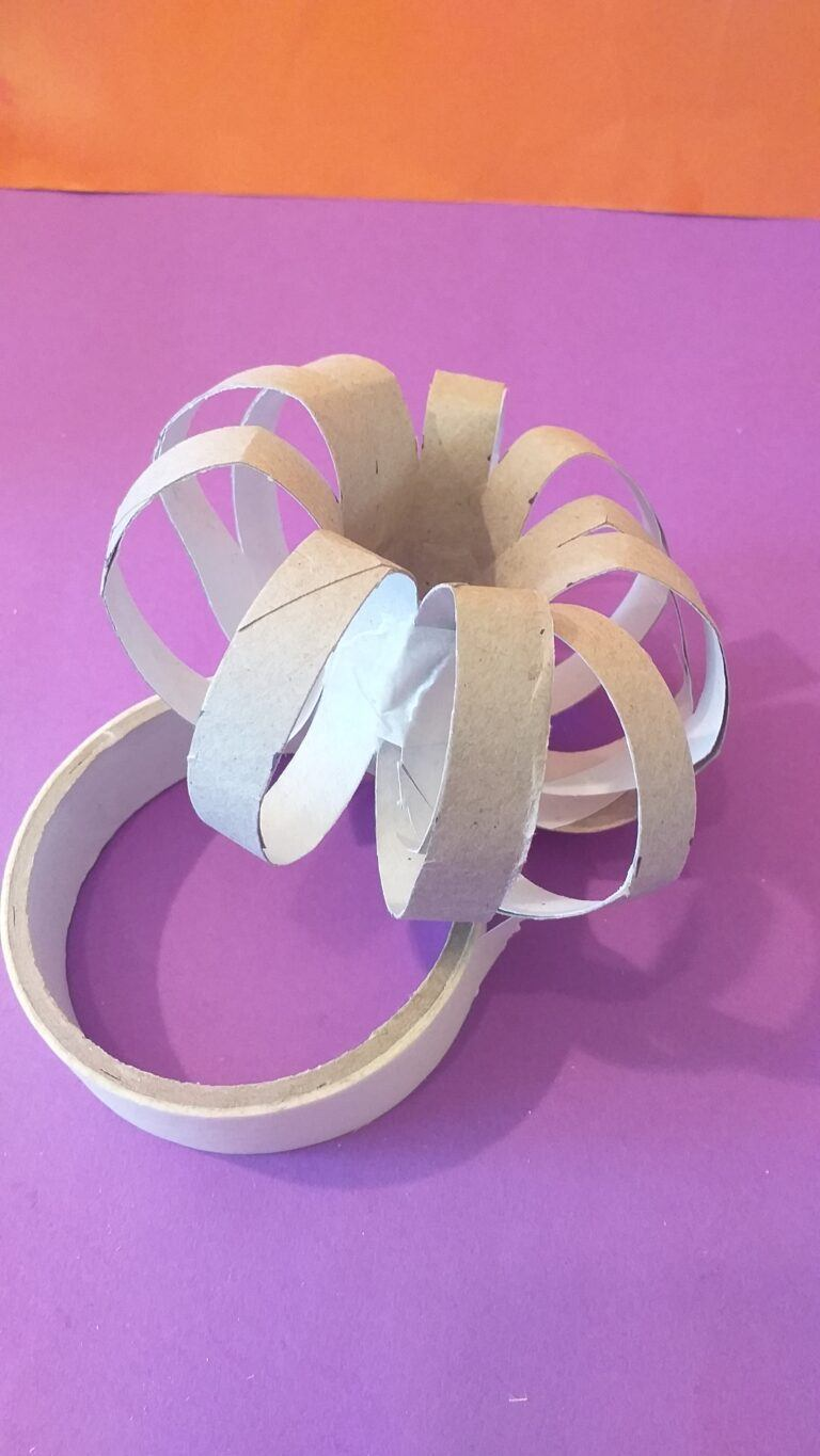 8) Complete a circle and tape two parts to seal it.